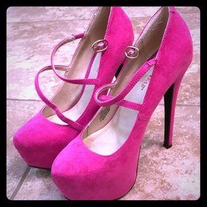 Fuchsia heels size 5.5
